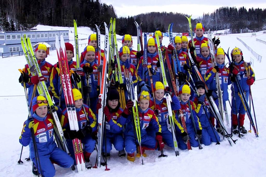Karupesa Team 2002